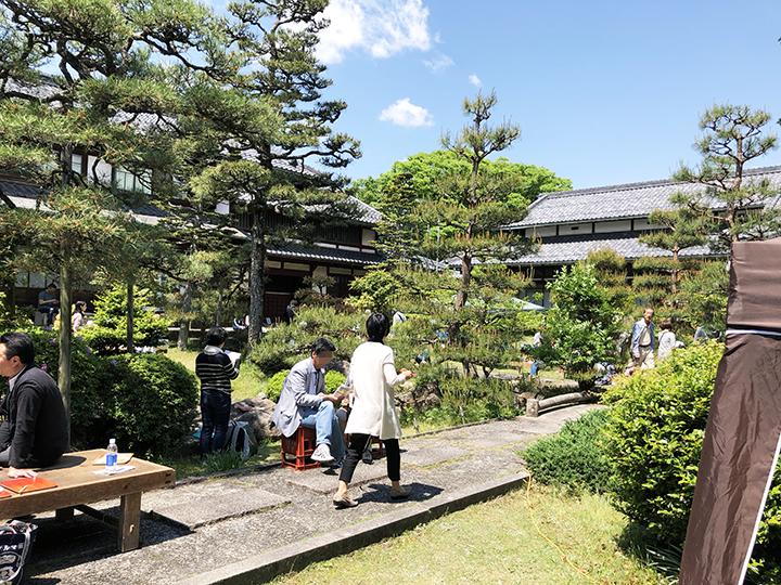 藤居本家さんのお庭