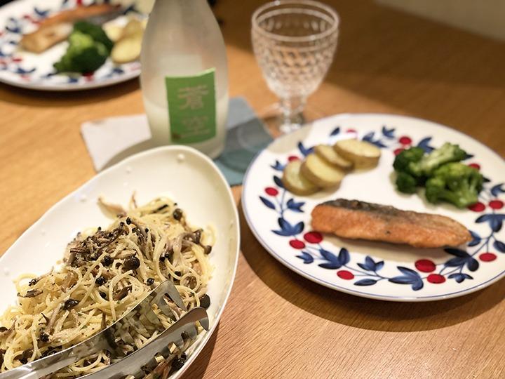 しめじのパスタと鮭のバターソテー